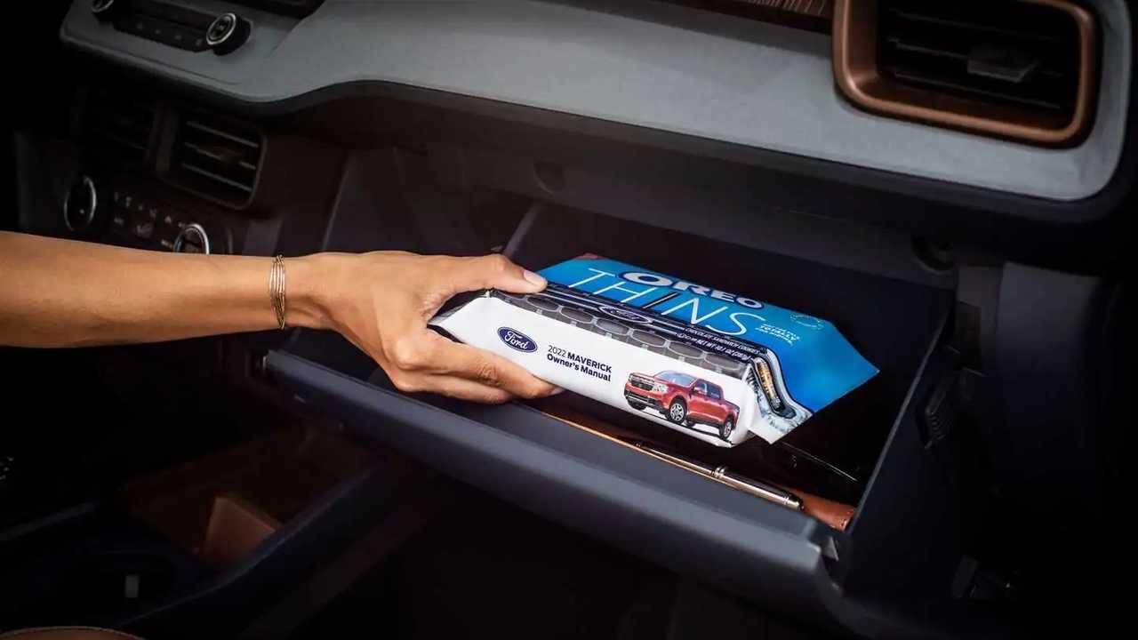 Ford Maverick Oreo Tie-In in glovebox