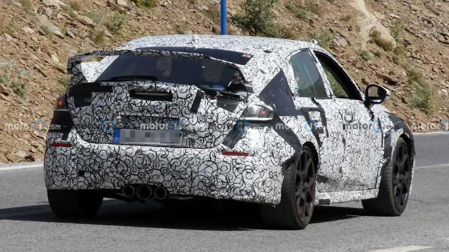 Honda Civic Type R flagra na Europa