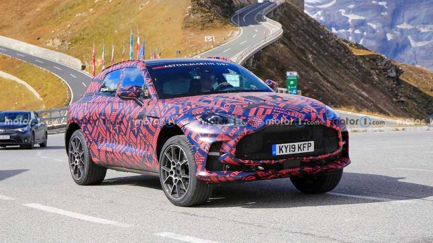 Aston Martin DBX S, yüzünü ilk kez gösterdi!