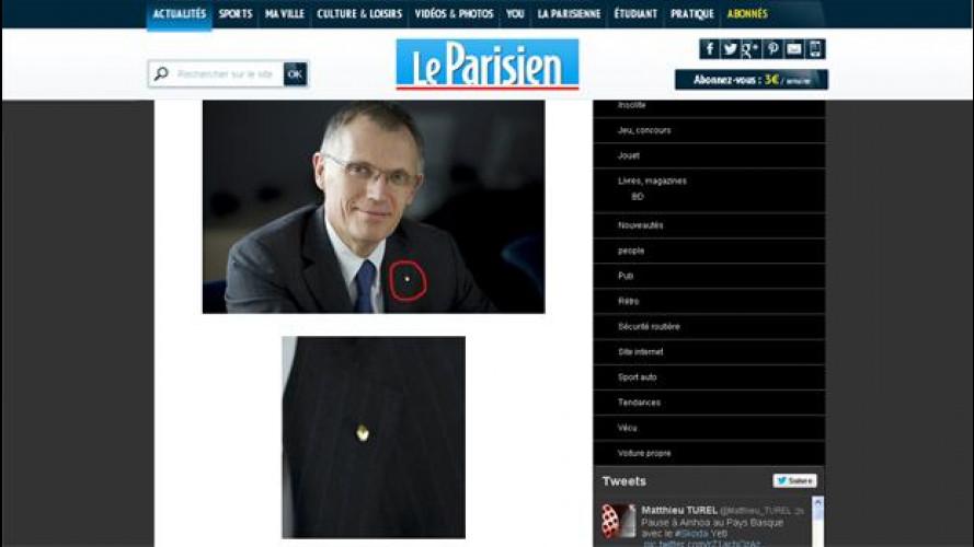 """Quando il """"capo"""" di Peugeot e Citroen ha una spilla Renault sulla giacca..."""