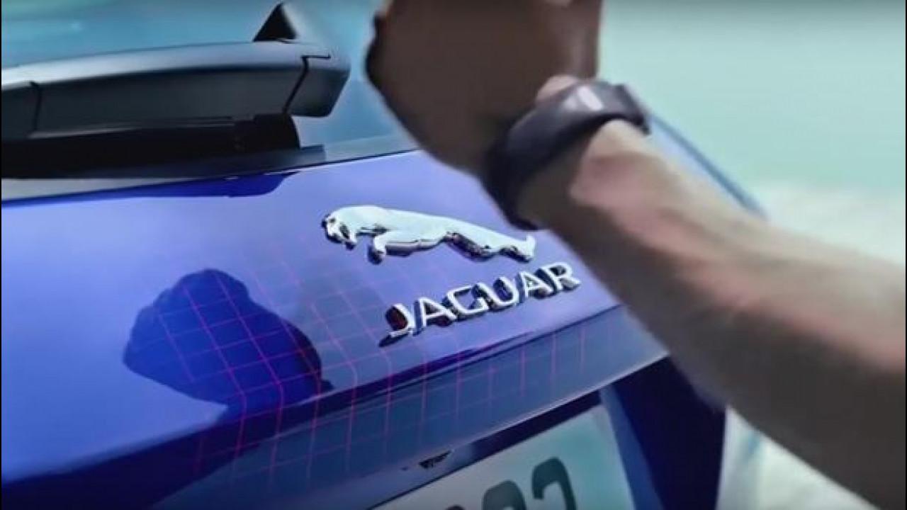[Copertina] - Salone di Francoforte, la chiave di Jaguar si indossa come un bracciale [VIDEO]
