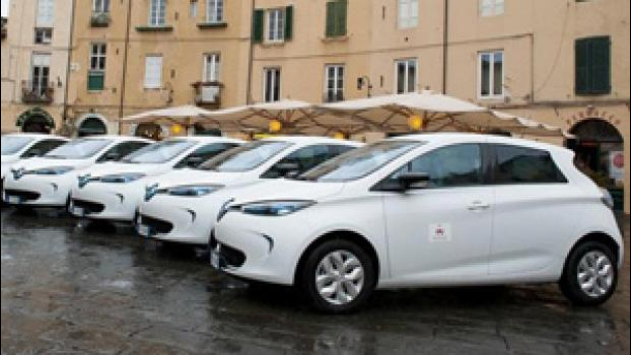 [Copertina] - Car sharing, Renault ZOE arruolata a Lucca