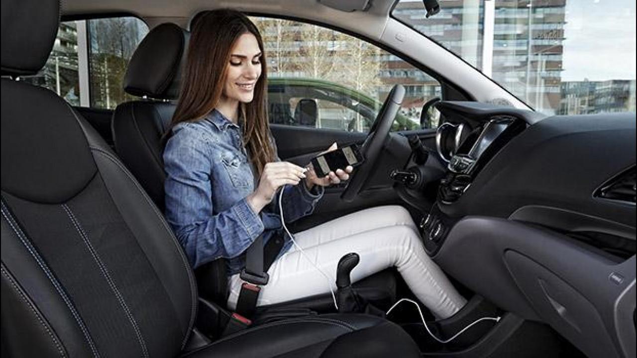 [Copertina] - Opel, sulla nuova Astra arrivano Android Auto e Apple Car Play