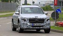2020 Mercedes GLB new spy photos