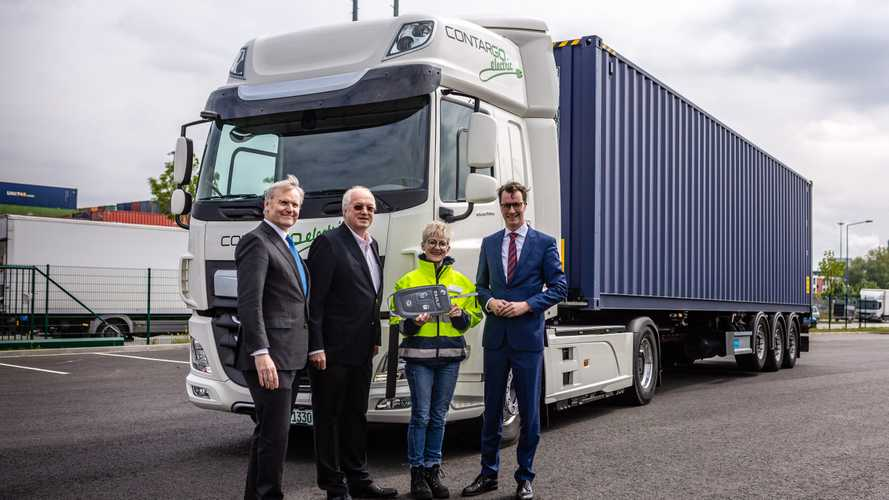 DAF CF Electric in Germania con Rhenus Logistics