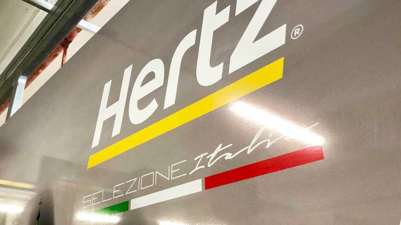 Alfa Giulia Quadrifoglio, coche de alquiler de Hertz