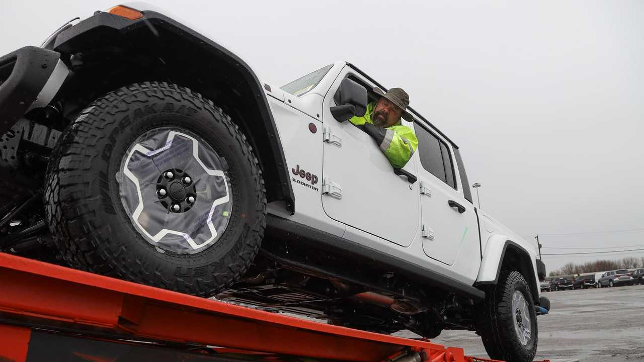 Jeep Gladiator Delivery Start