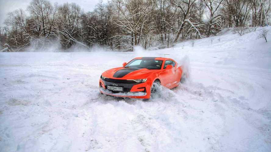 Можно ли ездить на Camaro зимой и не выглядеть глупо?