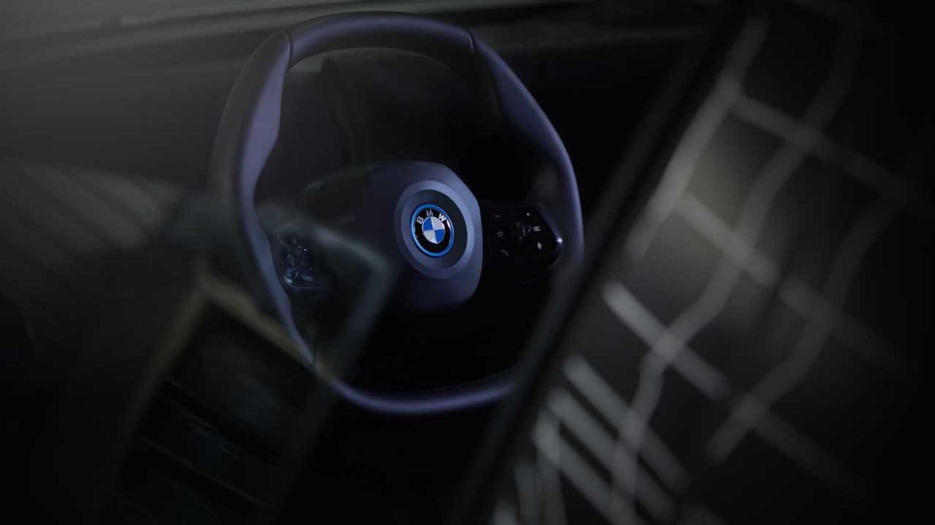 A BMW bemutatta az iNEXT sokszögű kormánykerekét