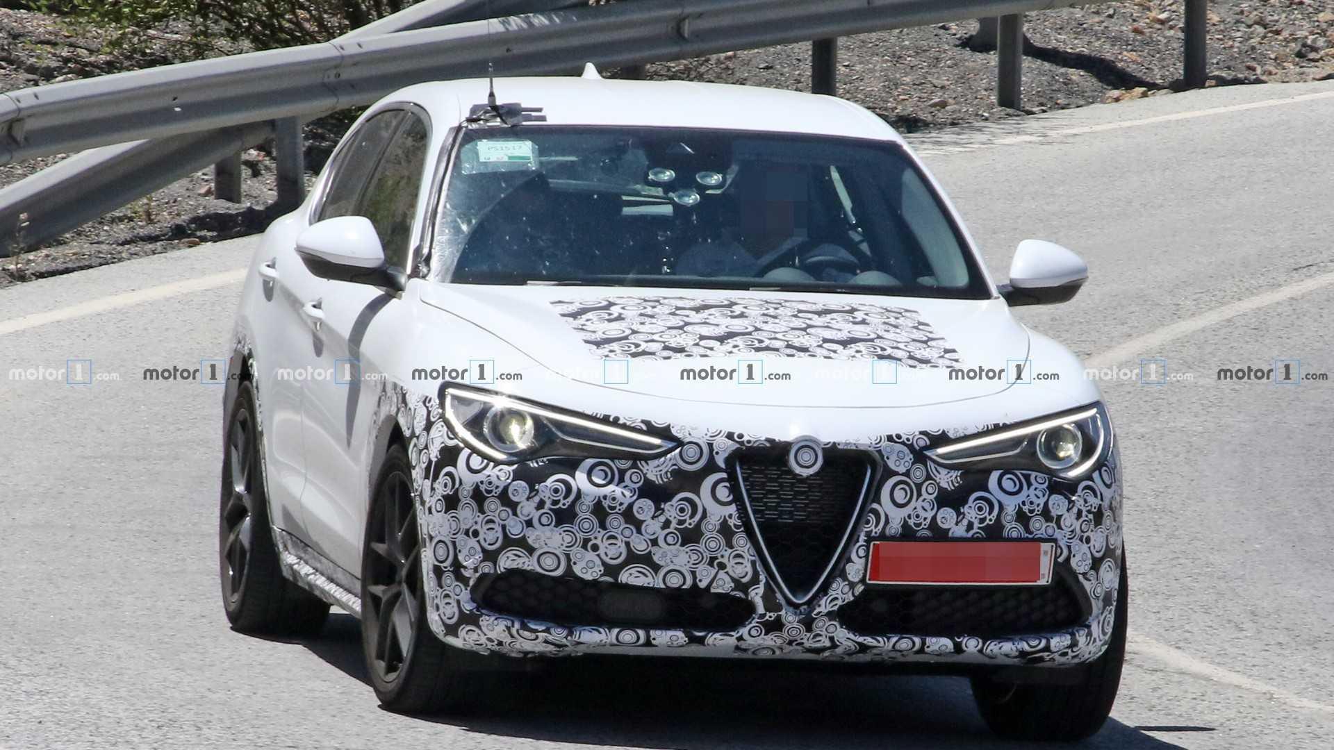 2020 Alfa Romeo Stelvio Facelift 25