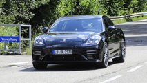2021 Porsche Panamera facelift spy photos