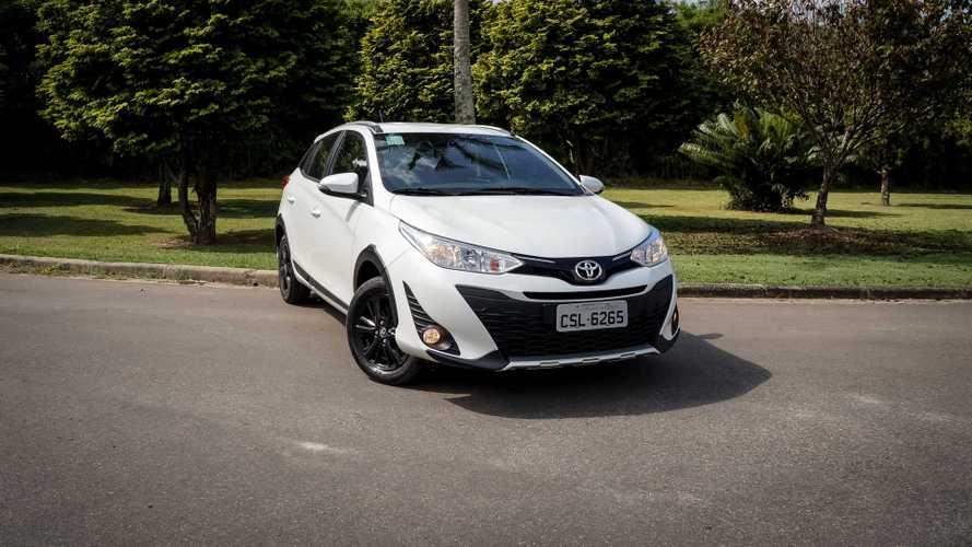 Toyota Yaris e Yaris Sedan 2020 ficam mais caros; veja tabela