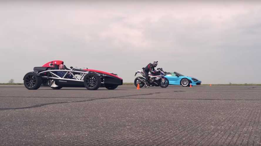 McLaren 720S Vs BMW S1000RR, Ariel Atom 4 In Roofless Drag Race
