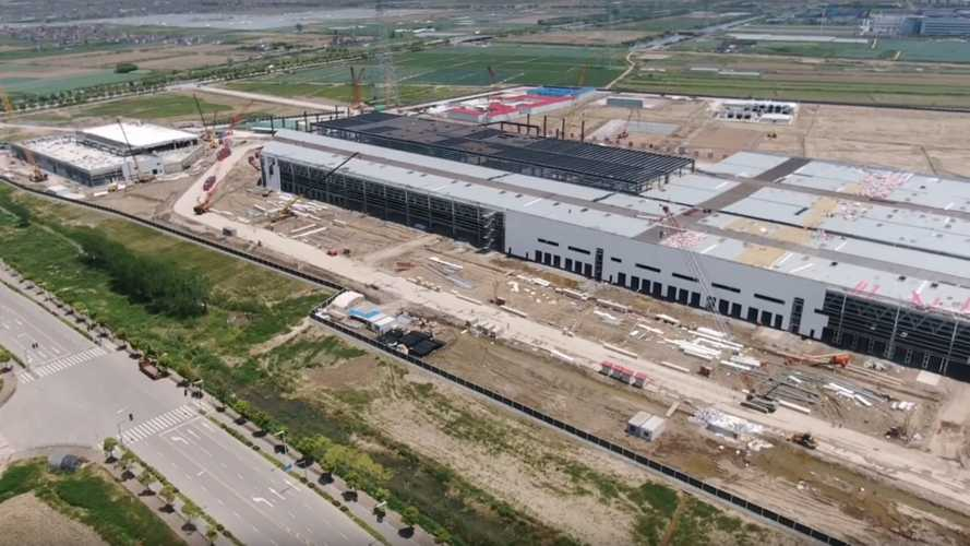 Tesla Gigafactory 3 Main Building To Be Ready In May: Video