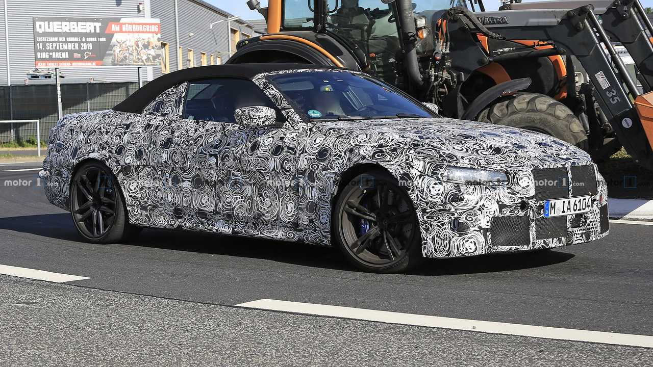 2021 BMW M4 Cabriolet spy photo