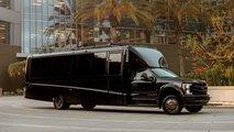 Lexani G-77: Sky Master ist das ultimative mobile Büro für sehr reiche Chefs