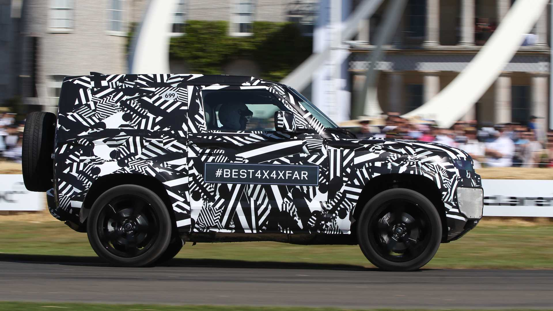 2020 Land Rover Defender Release Date >> 2020 Land Rover Defender Driven By The Duke Of Richmond At Goodwood