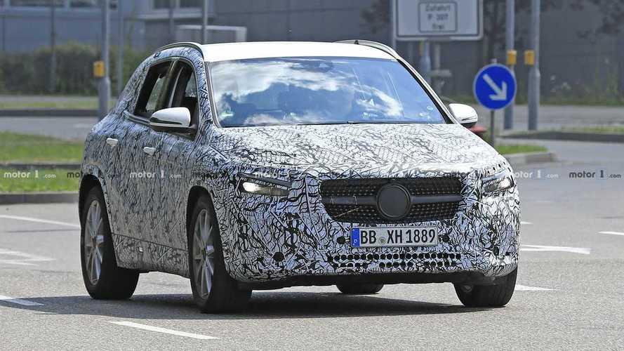 Flagra: Mercedes-Benz GLA 2020 realiza últimos testes antes da estreia