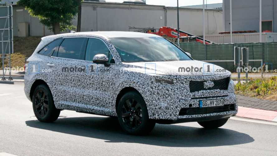2021 Kia Sorento seen in action at the Nurburgring