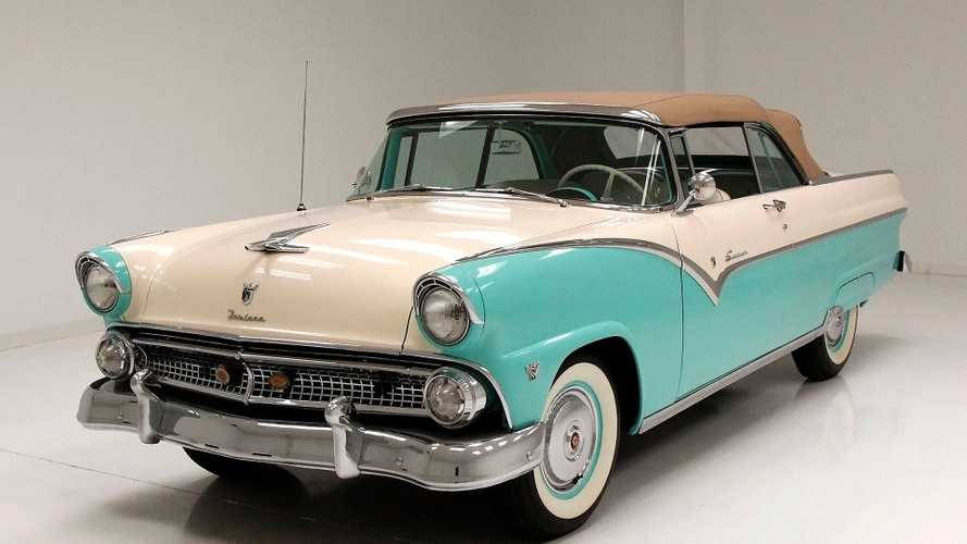 1955 Ford Fairlane Sunliner Convertible Lets The Breeze Blow Your Hair