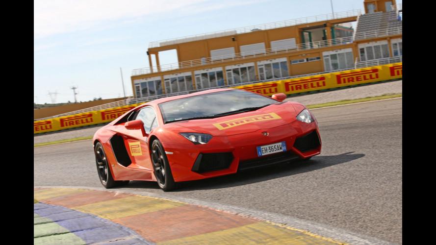 Pirelli P Zero Corsa System, a Valencia con tre supercar