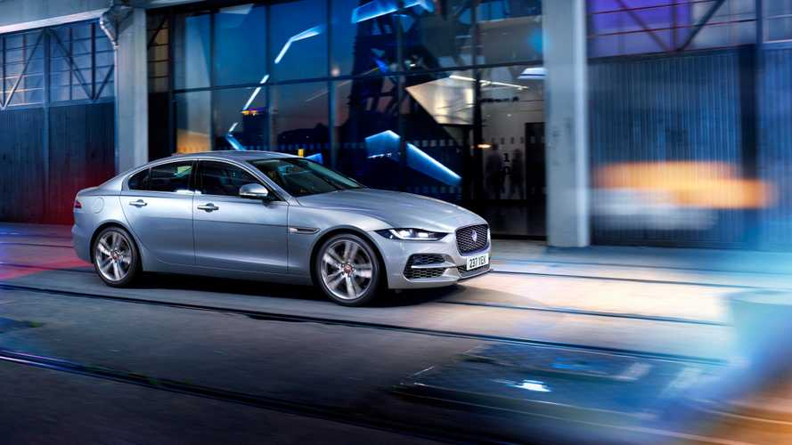 Седан Jaguar вышел на российский рынок с высоким ценником