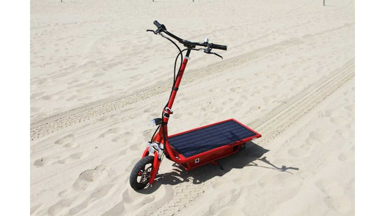 Solar Electric Scooter Makes You Feel Good When Your Getting Around (Video)