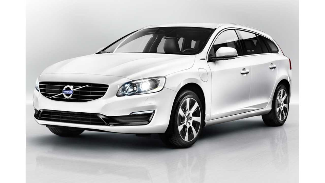 2013 World Green Car Of The Year FInalist: 2014 Volvo V60 Plug-In Hybrid