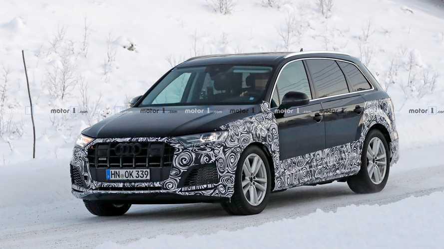 Audi Q7 e SQ7 restyling, le foto spia sulla neve