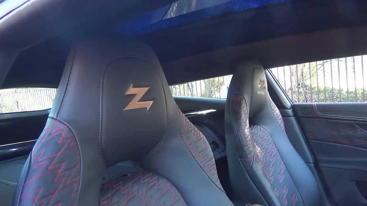 Aston Martin Vanquish Zagato Shooting Brake video görüntüleri