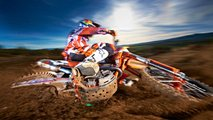 racing through fields and forest with enduro seven