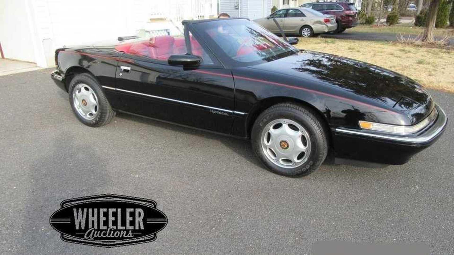 "[""1991 Buick Reatta Convertible""]"