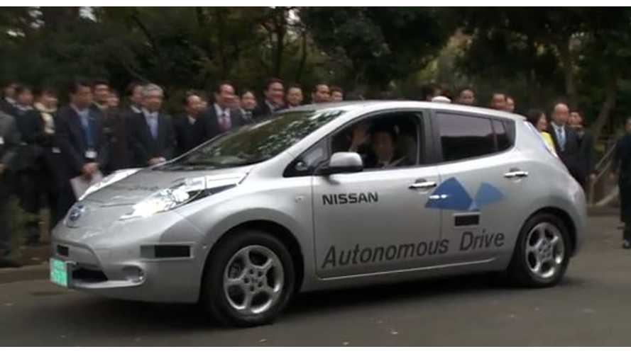 Video: Japan's Prime Minister Gets On Board Autonomous Nissan LEAF for First Public-Road Tests