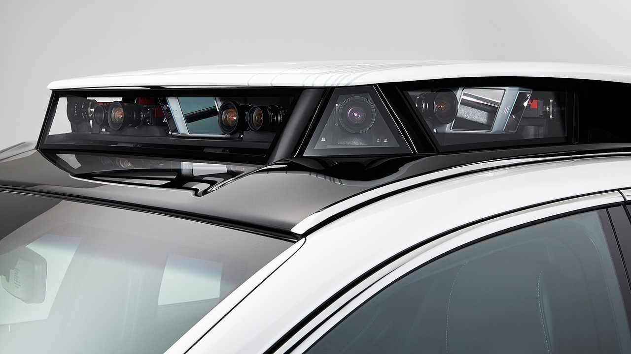 Lexus TRI-P4, prototipo Toyota a guida autonoma