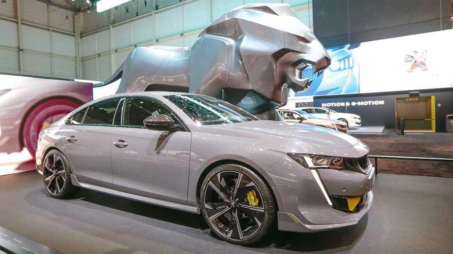 Comprereste una Peugeot veloce come una BMW M4?