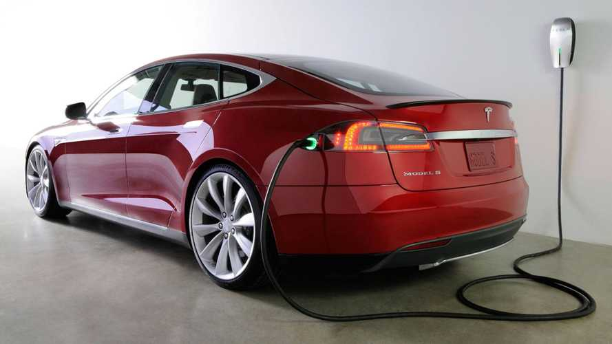 In Response to Garage Fire, Tesla Model S Owners Will Receive Upgraded Charging Adapter