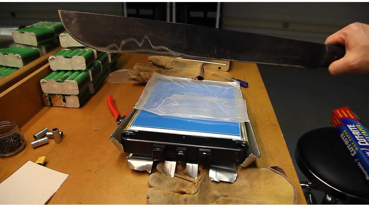 Nissan LEAF Battery Disassembly Videos (Machete Included)