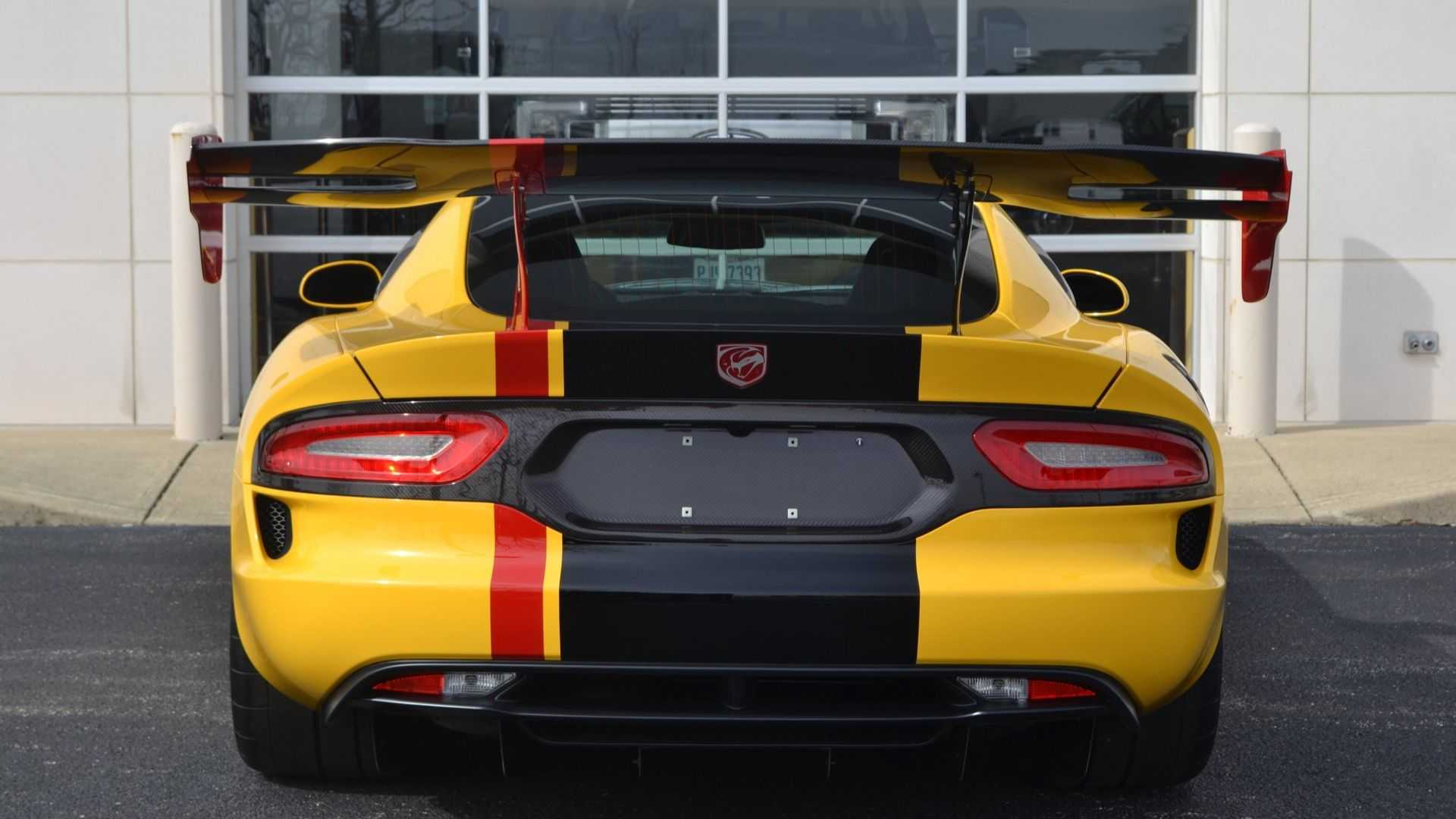 2016 Dodge Viper ACR Extreme: The Last Hurrah For The V10