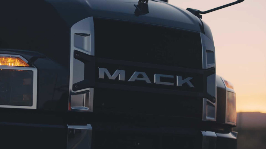 2018 Mack Anthem