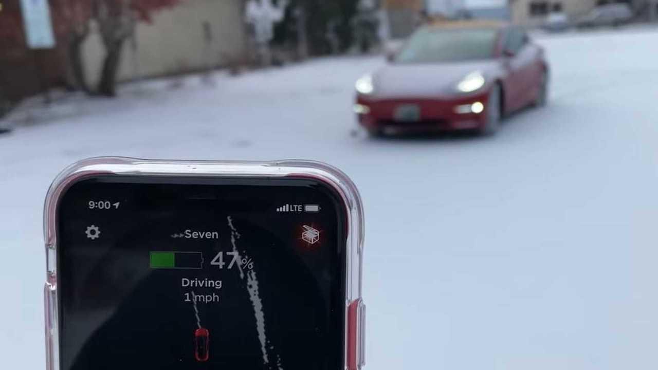 tesla smart summon snow