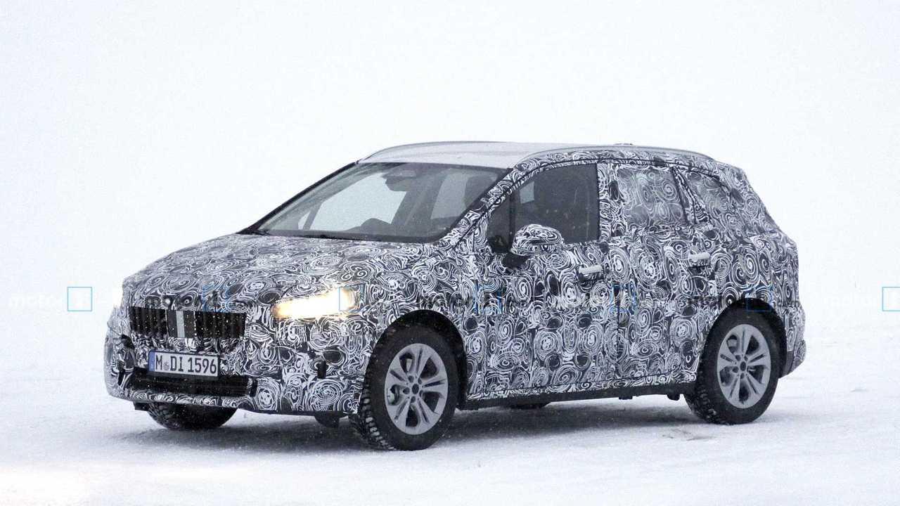 BMW 2 Serisi Active Tourer yeni casus fotoğraf