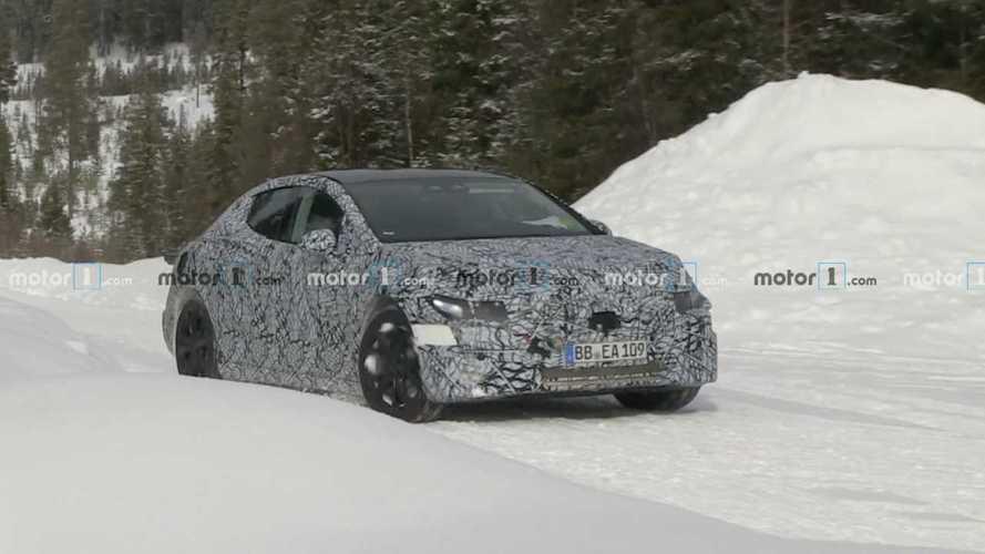 Sürpriz! Mercedes EQE görüntülendi!