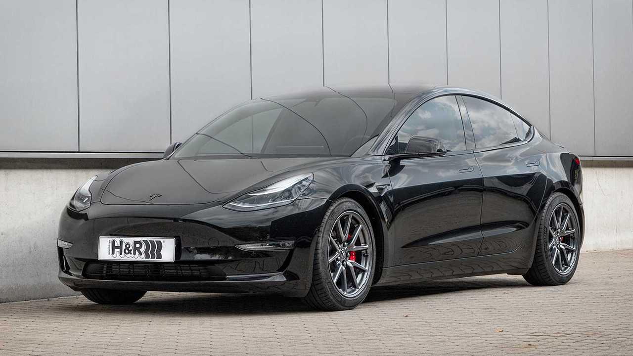 H&R Tesla Model 3