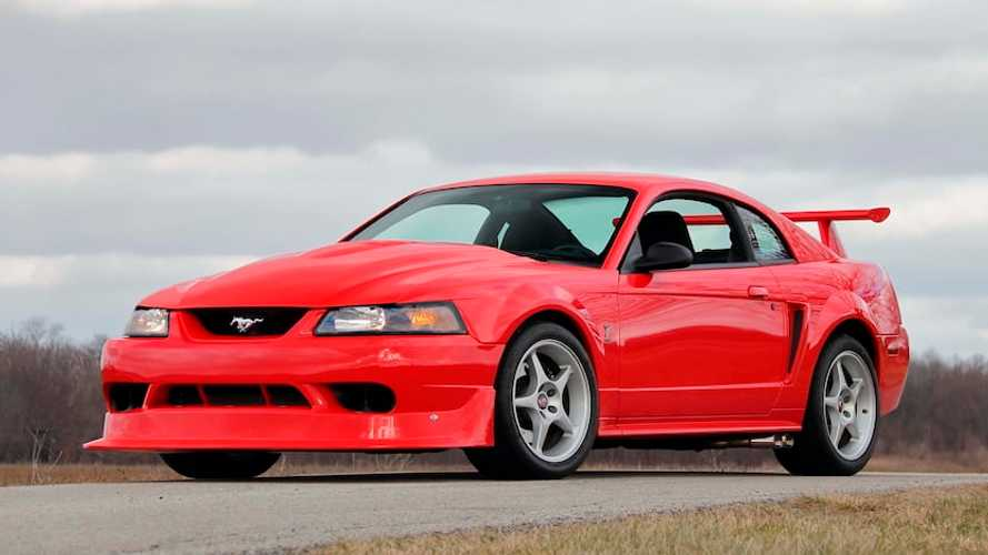 Ford Mustang SVT Cobra R Is A Cool Car Even Without AC
