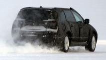 SPY PHOTOS: More New Volvo V70
