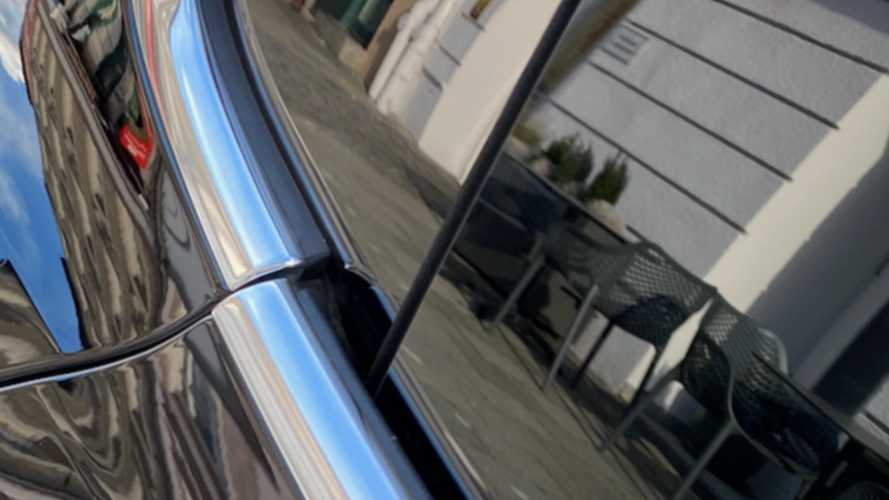 Porsche Taycan Presents Bizarre Panel Gaps, Says Twitter User