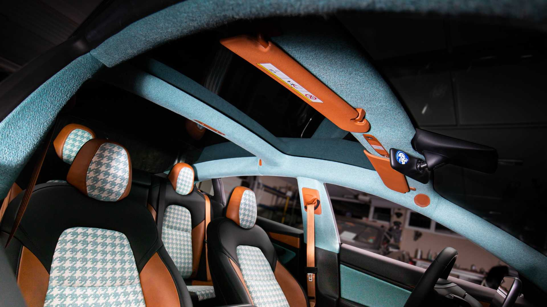 Vilner Blings Tesla Model 3 Interior With Houndstooth And Turquoise