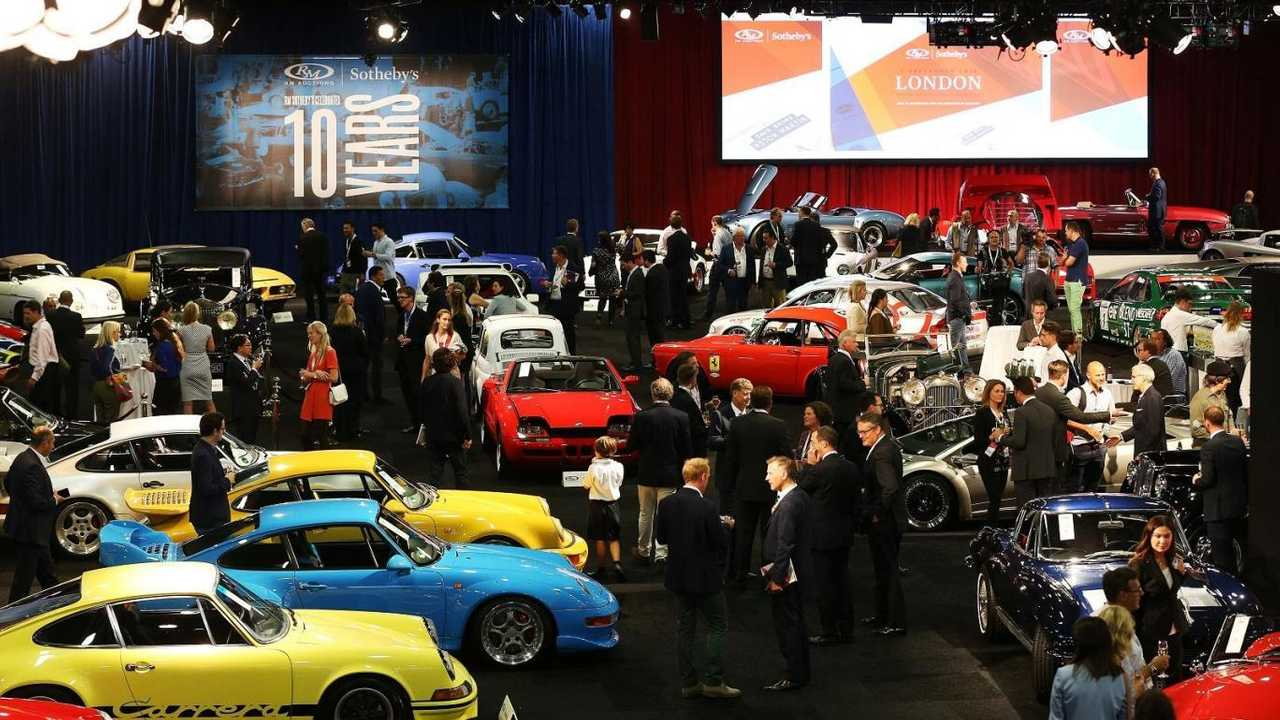 How to buy a classic car at auction