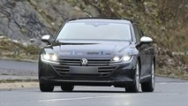 Volkswagen Arteon Shooting Brake spy shots