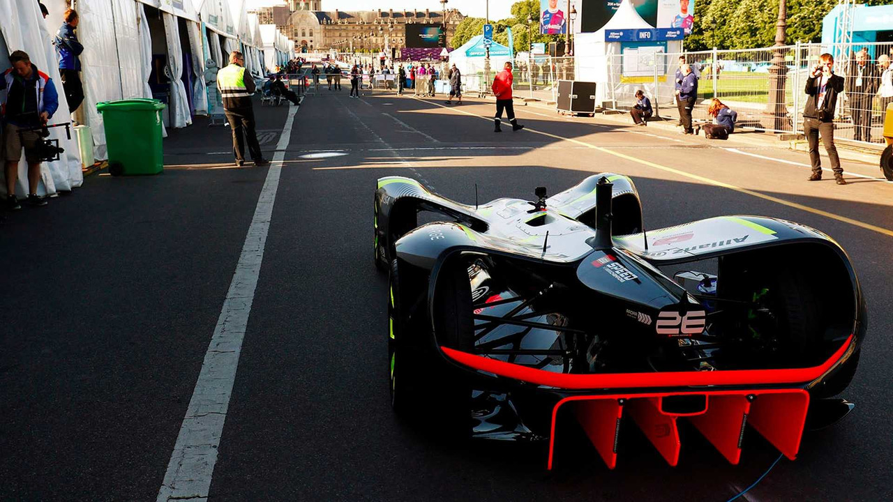 Roborace tests à Paris